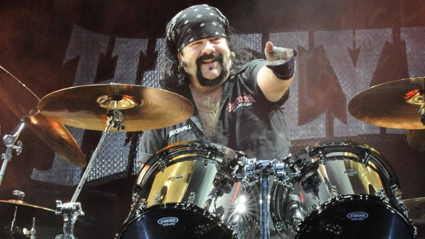 24 May 2014, San Antonio, Texas, USA --- Vinnie Paul with Hellyeah performs during River City Rockfest at the AT&T Center on May 24, 2014 in San Antonio, Texas. (Photo by Manuel Nauta/NurPhoto) --- Image by © Manuel Nauta/NurPhoto/Corbis