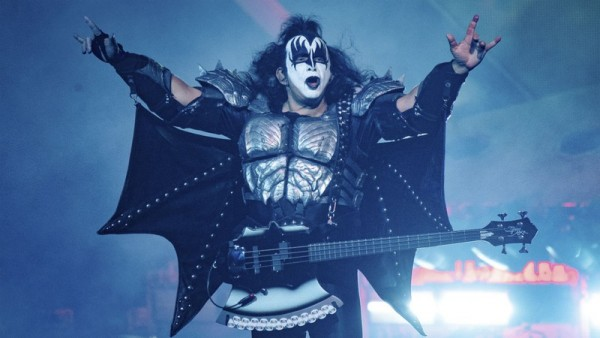 kiss_gene_simmons_credito_-_amy_harrisinvisionap_widelg